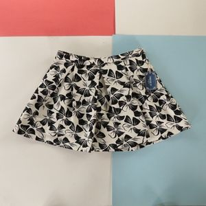 Forever 21 floral design skirt